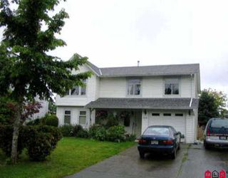 Photo 1: 6291 CHARBRAY PL in Surrey: Cloverdale BC House for sale (Cloverdale)  : MLS®# F2512941