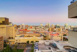 Photo 19: DOWNTOWN Condo for sale : 2 bedrooms : 700 Front Street #1407 in San Diego