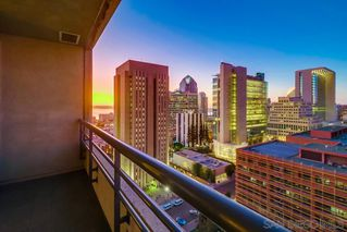 Photo 7: DOWNTOWN Condo for sale : 2 bedrooms : 700 Front Street #1407 in San Diego