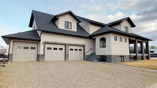 Main Photo: 1 Fawn Meadows Crescent in Delburne: RC Delburne Residential for sale (Red Deer County)  : MLS®# CA0181003