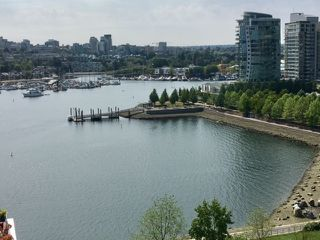 Photo 3: 1501 1383 MARINASIDE CRESCENT in Vancouver: Yaletown Condo for sale (Vancouver West)  : MLS®# R2195736