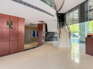 Photo 9: 1501 1383 MARINASIDE CRESCENT in Vancouver: Yaletown Condo for sale (Vancouver West)  : MLS®# R2195736