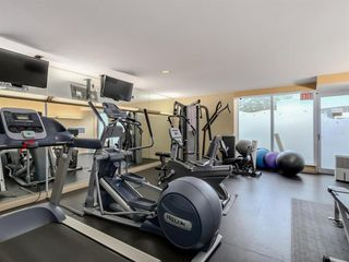 Photo 11: 1501 1383 MARINASIDE CRESCENT in Vancouver: Yaletown Condo for sale (Vancouver West)  : MLS®# R2195736