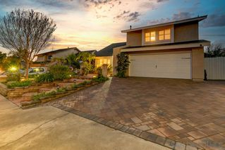 Photo 2: CHULA VISTA House for sale : 5 bedrooms : 1022 Arroyo Dr