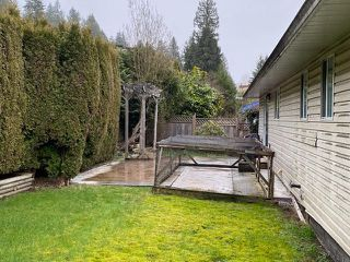 Photo 2: 627 BENTLEY Road in Port Moody: North Shore Pt Moody House for sale : MLS®# R2438639