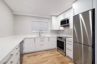 """Photo 12: 201 1330 GRAVELEY Street in Vancouver: Grandview Woodland Condo for sale in """"Hampton Court"""" (Vancouver East)  : MLS®# R2466394"""