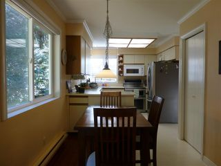 """Photo 7: 2420 124B Street in Surrey: Crescent Bch Ocean Pk. House for sale in """"OCEAN PARK"""" (South Surrey White Rock)  : MLS®# R2515688"""