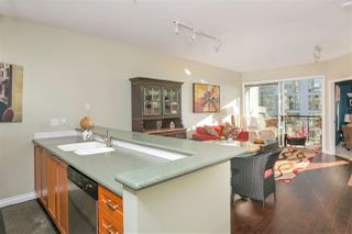 """Photo 2: 305 131 W 3RD Street in North Vancouver: Lower Lonsdale Condo for sale in """"Seascape Landing"""" : MLS®# R2526409"""