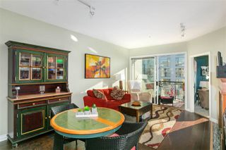 """Photo 8: 305 131 W 3RD Street in North Vancouver: Lower Lonsdale Condo for sale in """"Seascape Landing"""" : MLS®# R2526409"""