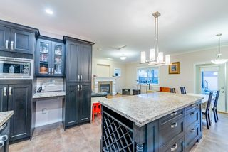 Photo 5: 1518 WESTOVER Road in North Vancouver: Lynn Valley House for sale : MLS®# R2427187