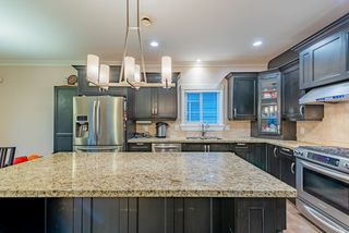 Photo 4: 1518 WESTOVER Road in North Vancouver: Lynn Valley House for sale : MLS®# R2427187