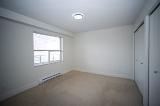 "Photo 11: 309 709 TWELFTH Street in New Westminster: Moody Park Condo for sale in ""THE SHIFT"" : MLS®# R2428381"