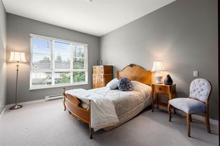 "Photo 13: 309 23215 BILLY BROWN Road in Langley: Fort Langley Condo for sale in ""WATERFRONT at Bedford Landing"" : MLS®# R2472976"
