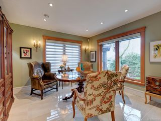 Photo 17: 3050 Beach Dr in Oak Bay: OB Uplands House for sale : MLS®# 842536