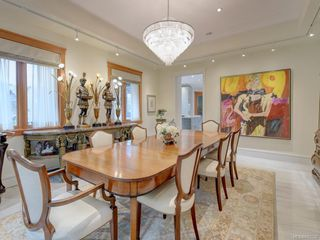 Photo 6: 3050 Beach Dr in Oak Bay: OB Uplands House for sale : MLS®# 842536