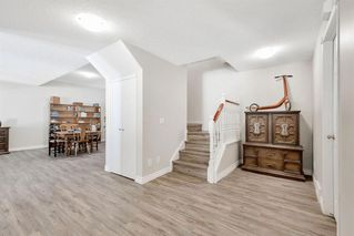 Photo 26: 42 200 SANDSTONE Drive NW in Calgary: Sandstone Valley Row/Townhouse for sale : MLS®# A1027808