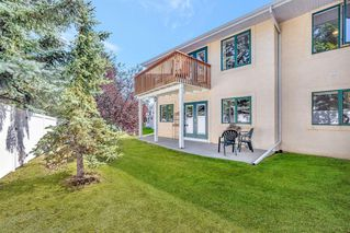 Photo 5: 42 200 SANDSTONE Drive NW in Calgary: Sandstone Valley Row/Townhouse for sale : MLS®# A1027808