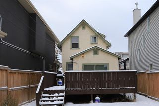 Photo 4: 2332 3 Avenue NW in Calgary: West Hillhurst Detached for sale : MLS®# A1044695