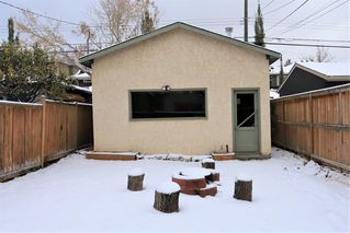 Photo 3: 2332 3 Avenue NW in Calgary: West Hillhurst Detached for sale : MLS®# A1044695