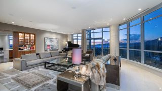 """Photo 4: 4301 1189 MELVILLE Street in Vancouver: Coal Harbour Condo for sale in """"The Melville"""" (Vancouver West)  : MLS®# R2512418"""
