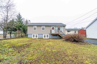 Main Photo: 2364 St Margarets Bay Road in Timberlea: 40-Timberlea, Prospect, St. Margaret`S Bay Residential for sale (Halifax-Dartmouth)  : MLS®# 202100041