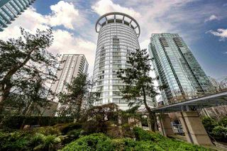 "Main Photo: 403 1288 ALBERNI Street in Vancouver: West End VW Condo for sale in ""THE PALISADES"" (Vancouver West)  : MLS®# R2529157"