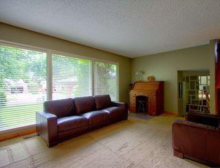 Photo 10: 28 BEACON Crescent: St. Albert House for sale : MLS®# E4175845