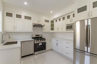 """Photo 6: 105 1313 CARTIER Avenue in Coquitlam: Maillardville Townhouse for sale in """"MAISON VELAY"""" : MLS®# R2413844"""