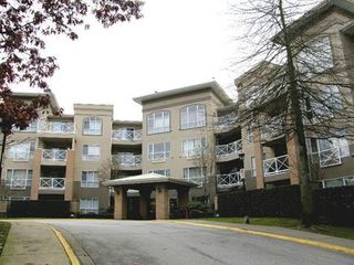 Photo 1: 313 2551 PARKVIEW Lane in Port Coquitlam: Home for sale : MLS®# V925589
