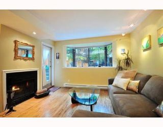 Photo 2: 104 1922 7TH Ave in Vancouver West: Home for sale : MLS®# V795218