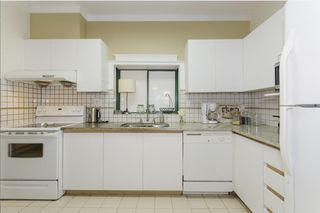 """Photo 7: 106 7300 GILBERT Road in Richmond: Brighouse South Condo for sale in """"MONTERREY PARK"""" : MLS®# R2426268"""