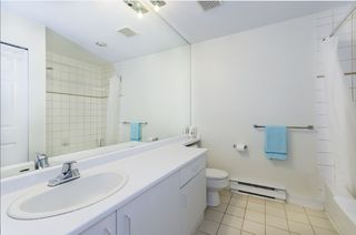 """Photo 11: 106 7300 GILBERT Road in Richmond: Brighouse South Condo for sale in """"MONTERREY PARK"""" : MLS®# R2426268"""