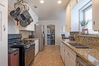 Photo 8: POINT LOMA House for sale : 2 bedrooms : 3205 Garrison St in San Diego