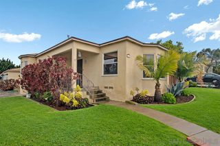 Photo 3: POINT LOMA House for sale : 2 bedrooms : 3205 Garrison St in San Diego