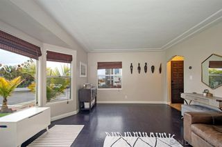 Photo 5: POINT LOMA House for sale : 2 bedrooms : 3205 Garrison St in San Diego