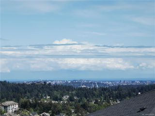 Photo 2: 2410 Azurite Cres in Langford: La Bear Mountain Single Family Detached for sale : MLS®# 838606