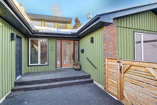 Photo 4: 15 Silvergrove Crescent NW in Calgary: Silver Springs Detached for sale : MLS®# A1059145
