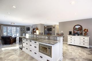 Photo 15: 15 Silvergrove Crescent NW in Calgary: Silver Springs Detached for sale : MLS®# A1059145