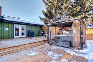 Photo 45: 15 Silvergrove Crescent NW in Calgary: Silver Springs Detached for sale : MLS®# A1059145
