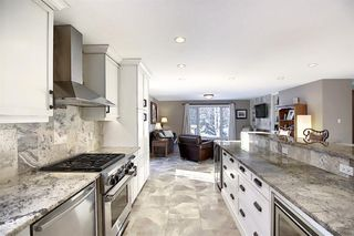Photo 14: 15 Silvergrove Crescent NW in Calgary: Silver Springs Detached for sale : MLS®# A1059145