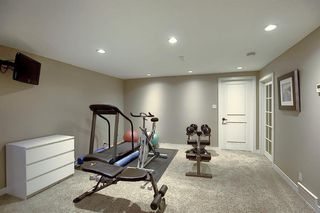 Photo 35: 15 Silvergrove Crescent NW in Calgary: Silver Springs Detached for sale : MLS®# A1059145
