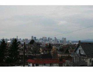 Photo 2: 2047 E 4TH AV in Vancouver: Grandview VE House for sale (Vancouver East)  : MLS®# V583192