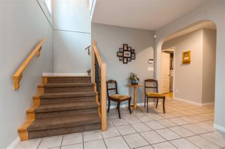 "Photo 2: 35431 NAKISKA Court in Abbotsford: Abbotsford East House for sale in ""Sandy Hill"" : MLS®# R2387970"