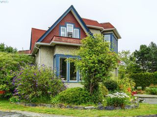 Photo 17: 2226 Shelbourne Street in VICTORIA: Vi Fernwood Single Family Detached for sale (Victoria)  : MLS®# 413556