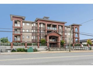 """Main Photo: 301 19730 56 Avenue in Langley: Langley City Condo for sale in """"MADISON PLACE"""" : MLS®# R2430296"""
