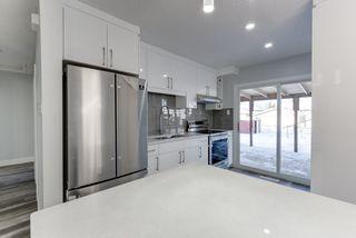Photo 4: 12412 136 Avenue in Edmonton: Zone 01 House for sale : MLS®# E4190060