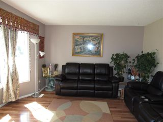 Photo 3: 312 KLINE Crescent in Edmonton: Zone 29 House for sale : MLS®# E4199049