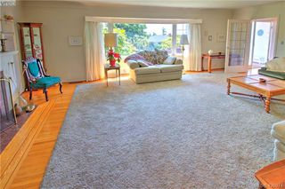 Photo 8: 3016 Henderson Rd in VICTORIA: OB Henderson Single Family Detached for sale (Oak Bay)  : MLS®# 840987