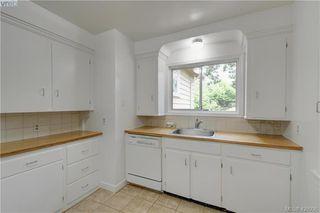 Photo 5: 919 Empress Avenue in VICTORIA: Vi Central Park Single Family Detached for sale (Victoria)  : MLS®# 426936