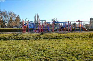 Photo 25: 919 Empress Avenue in VICTORIA: Vi Central Park Single Family Detached for sale (Victoria)  : MLS®# 426936